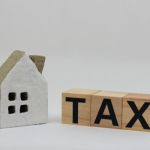 「空き家に税金」がかかる時代が、現実味を帯びてきました。
